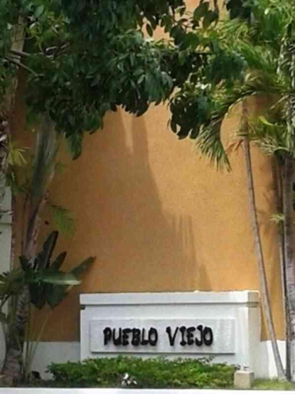 Villa Pueblo Viejo