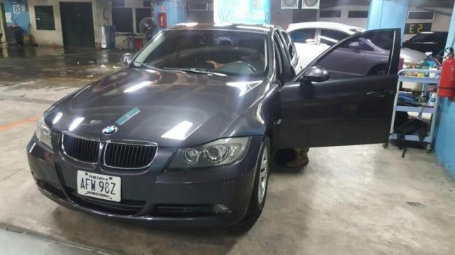 BMW 320I Una belleza 2007