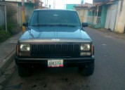 Excelente jeep cherokee 91 sincronica recibo carro