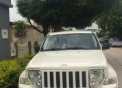 Vendo usada jeep cherokee sport 2011 automatica 4x2 blanca. 83.000 kms.