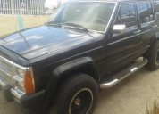 Excelente camioneta jeep wagoneer limited año 88.
