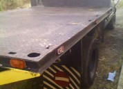 Excelente camión 350 con plataformas chevrolet