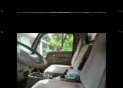 Camion es chino modelo donfegn doulika 5 toneladas.