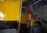 Se vende excelente mack volteo toronto caja 5y4 motor 673