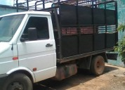 Se vende excelente camion iveco.