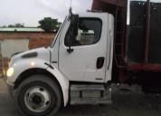 Se vende camion freghtliner blanco modelo m2