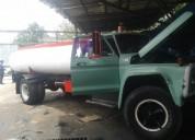 Se vende o se cambia ford 600 cisterna, contactarse.