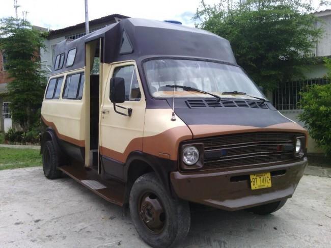 Vendo O Cambio Mi Dodge Ram Van, Contactarse.
