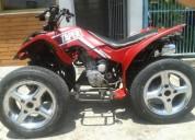 Linda moto cuatro ruedas