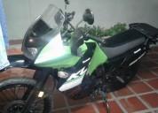 Se vende excelente moto kawasaki klr año 2014