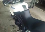 Vendo moto triumph modelo tiger. contactarse.