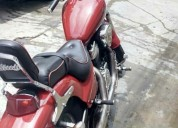 Vendo mi moto honda steed400, contactarse.