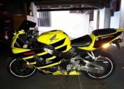 Excelente moto honda cvr 929 rr