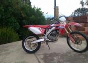 Vendo o cambio honda crf 250cc 2006, contactarse.