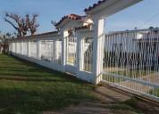 Se vende casa con amplio terreno