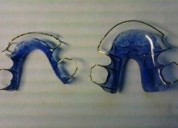 Lab. dental ofrece sus servicios. a odontologos. contactarse.