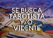 Se busca tarotista y videntes (ingles y español)