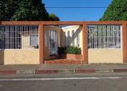 Casa en venta en san felix con 3 anexos tipo townhouse urb guaiparo 2 dormitorios