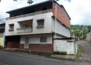 Casa de dos niveles en TUCAPE