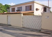 casa en venta en el toro de las delicias maracay 5 dormitorios 296 m2