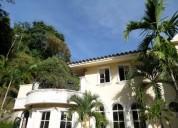 Townhouse en venta en lomas de palmarito maracay 5 dormitorios 800 m2