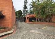 casa en alquiler en vizcaya caracas 4 dormitorios 390 m2