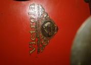 Vitrola de maletin antigua rca victor