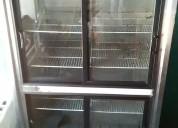 Enfriador exhibidor, 4 puertas.
