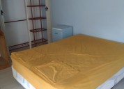 Alquilo confortable habitación amoblada en la urb.
