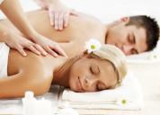 Soy hombre ofresco masajes a mujeres y pareja
