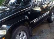 Se vende camioneta jeep cherokee, contactarse.