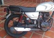 Excelente moto bera color gris 2014 caracas