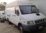 Camion iveco blanco 4012
