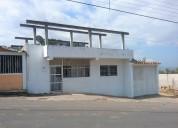 Dos casas con lote de terreno anexo en Cordero.