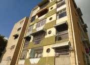 apartamento en alquiler en colinas de santa monica caracas 1 dormitorios 50 m2
