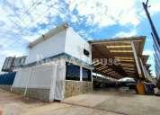 Galpon deposito en alquiler en veritas maracaibo 1500 m2