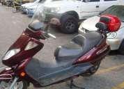 Vendo moto automatica 250 caracas