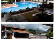 Se vende quinta tres niveles mÉrida venezuela