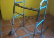 Andadera con ruedas usada
