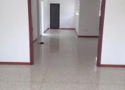 Local-oficina en alquiler montecristo