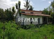 Remax/partners vende casa con terreno en sabana de