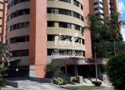Amplio apartamento, urb. el trigal. 136 m2. venta