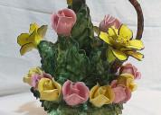 Adorno de ramo de flores en cerámica de rosas